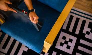 Servicii de curatare canapele, fotolii si saltele